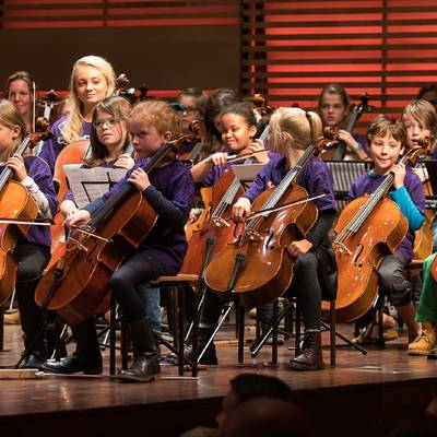 Concert Hello Cello Orkest